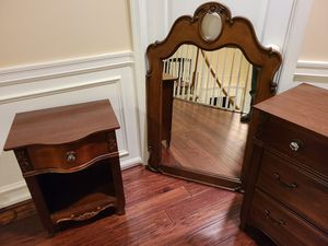 Raymour & Flanagan Twin sleigh bed and furniture set for Sale in Millstone, NJ