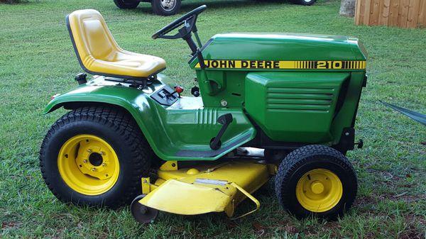 1983 John Deere To 210  10 Hp Kohler 52 Inch Cut 3 Blade
