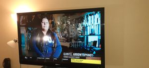60 inch tv for Sale in Sammamish, WA