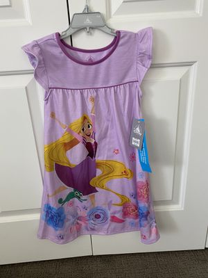 BRAND NEW UNOPENED Disney Rapunzel/Tangled Nightgown, size 5/6 for Sale in Poway, CA
