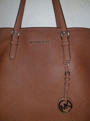 Michael kors bag for Sale in Salt Lake City, UT