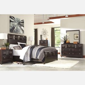 Queen bed, matress & Drawer for Sale in Renton, WA