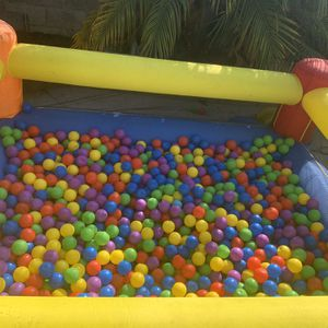 Inflatable Ball Pit for Sale in Los Angeles, CA