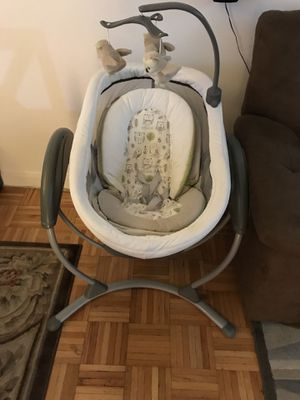 Like-New Graco DreamGlider Baby Swing & Sleeper for Sale in Jersey City, NJ