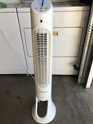 Quiet Set 5-Speed Tower Fan Oscillating - Honeywell for Sale in Whittier, CA