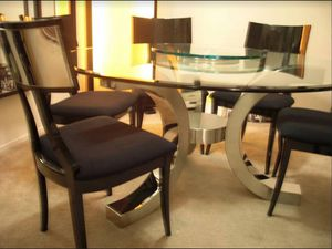 "Excelsior designs Cristallo 60"" round table and dining room chairs for Sale in San Francisco, CA"