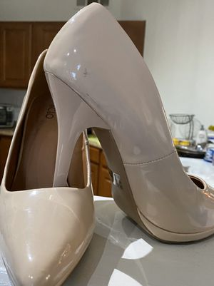 Beautiful high heels. Size 9 for Sale in Las Vegas, NV