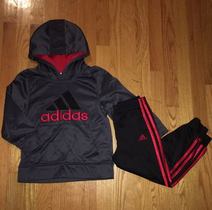Boys Athletic Wear - Size 5 and 6 for Sale in Franklin Park, IL