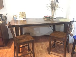 Dining room table for Sale in Port Orchard, WA