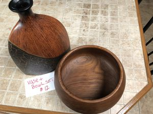 Vase and Bowl Set for Sale in Eagle Lake, FL