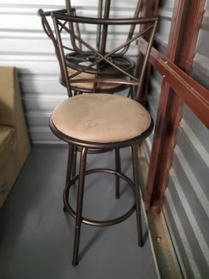 3 brown/tan bar stools for Sale in Lutz, FL