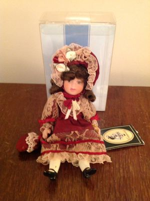 Vintage Geppedo porcelain doll for Sale in Tremont, IL