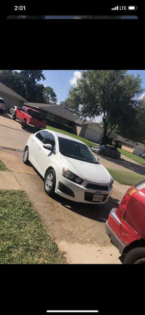 2015 Chevy sonic for Sale in Sugar Land, TX