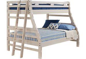 Rooms To Go Bunk Bed w/Top & Bottom Mattresses for Sale in Marietta, GA
