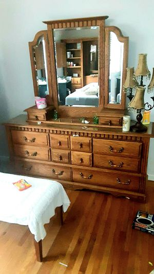 Beautiful Dresser all Wood ( Queen Furniture set available) for Sale in Redwood City, CA