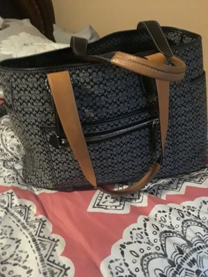 COACH SIGNATURE DIAPER BAG for Sale in Chicago, IL