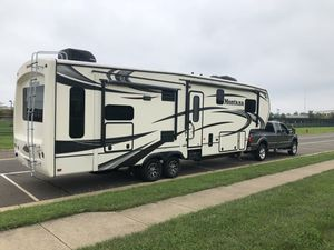 2014 Keystone Montana 3155RL 5th wheel RV for Sale in Odessa, TX