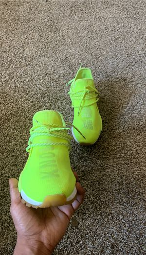 """ADIDAS HUMAN RACE VOLT """"SHE KNOWS"""" size 10 for Sale in Racine, WI"""