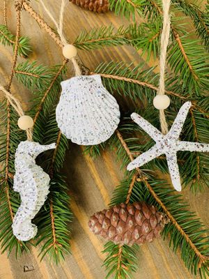 3 CHIC BEACH STYLE CHRISTMAS ORNAMENTS SILVER for Sale in Winchester, VA