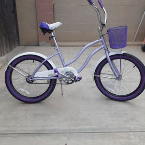 """20"""" HUFFY SUMMERLAND FOR GIRLS 7 TO 10 YEARS OLD OR 5'.3"""" WOMEN for Sale in Whittier, CA"""