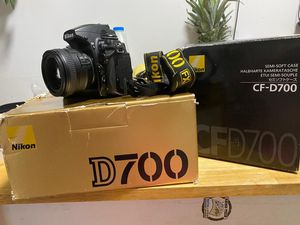 Nikon D700 profesional camera with len Nikon 50 mm 1.4g for Sale in Queens, NY