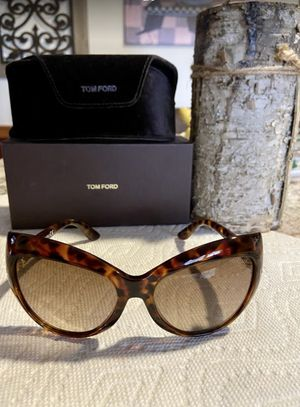 Authentic Tom Ford Bardot Sunglasses for Sale in Louisburg, NC