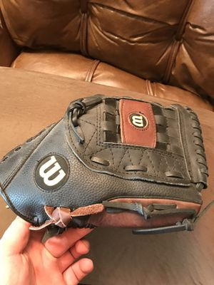 Wilson Mens Softball Glove. Used for 3 Games for Sale in Boston, MA