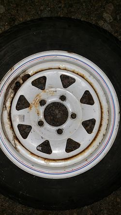 13 inch trailer rim and new 175/70/13 tire for Sale in Columbia,  SC