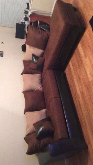 New brown sectional for Sale in Houston, TX