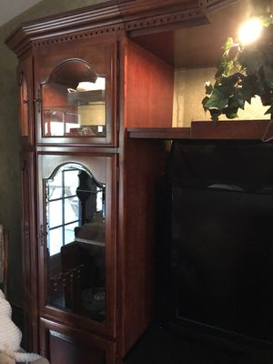 TV wall unit for Sale in Apple Valley, CA