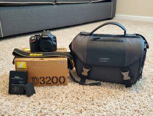 Nikon D3200 for Sale in Suffolk, VA