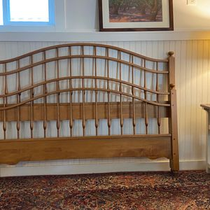 Queen Head Foot Board And Frame - Nichols And Stone for Sale in Sherwood, OR