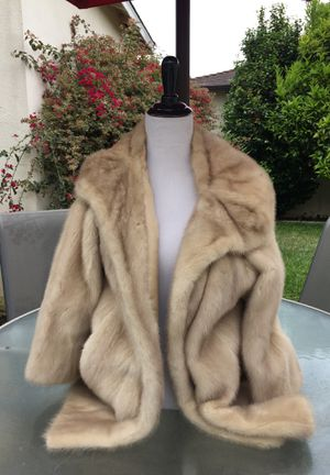 Real fur coat for Sale in Los Angeles, CA