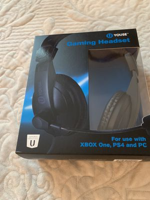 GAMING HEADPHONES 🎧 FOR XBOX ONE PS4 AND PC GAMING. COMES WITH MICROPHONE AND VOLUME CONTROL for Sale in Oakland Park, FL