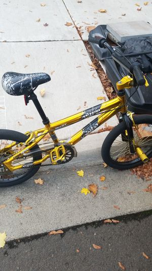 Kids Bike! With front pegs! Perfect for a youngster! for Sale in Tigard, OR