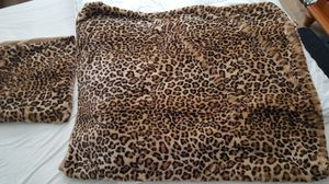 Leopard, fake fur, throw blanket and pillow cases for Sale in Wood Dale, IL