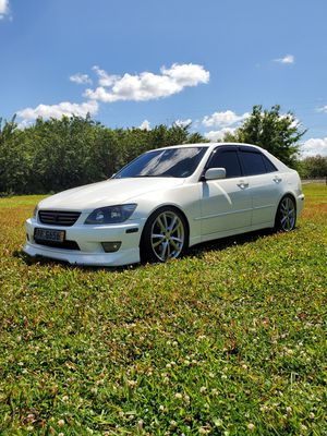 2002 lexus is300 for Sale in Kissimmee, FL