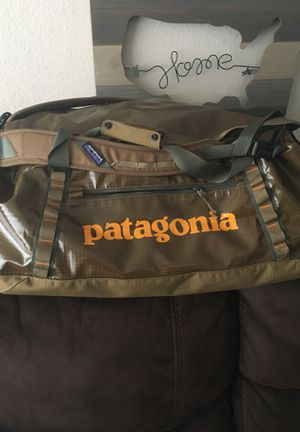 Duffel bag Patagonia 70 Liters for Sale in San Jose, CA