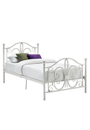 White Metal Twin Bed Frame (pickup) for Sale in Chico, CA