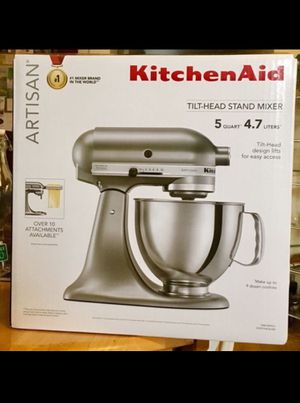 KitchenAid Stand Mixer Appliance Bread Cake Cookie Maker Whip Cream Beat Knead Hook Metallic Silver for Sale in Chicago, IL