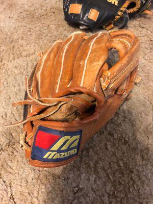 Mazuno baseball glove for Sale in Mesa, AZ