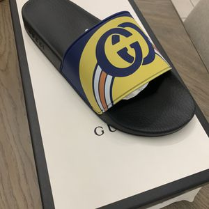 Gucci Slides Size 9 for Sale in Hollywood, FL