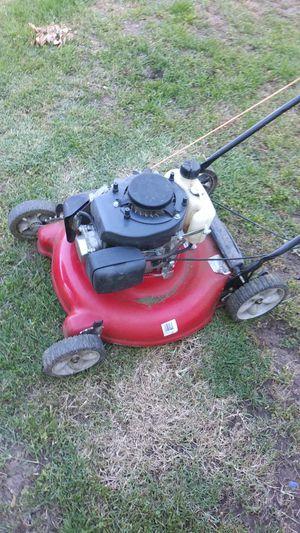 Briggs stratton. Lawn mower for Sale in Sacramento, CA
