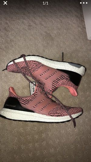 Adidas ultraboost size 9 men for Sale in Gaithersburg, MD