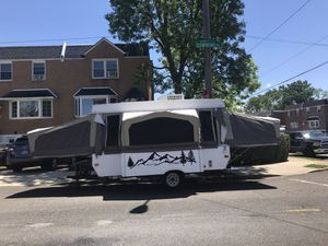 Starcraft 2407 popup camper for Sale in Philadelphia, PA