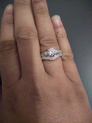 NEW STERLING SILVER WEDDING / ENGAGEMENT RING SET STAMPED 925! SIZE 9 for Sale in Tempe, AZ