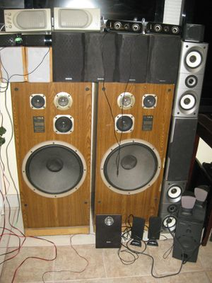Stereo and Desktop Speakers Sony Bose Onkyo Etc. for Sale in Lake Wales, FL