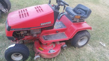 Tractor for Sale in Beverly Hills,  TX