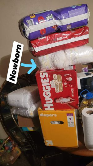 Diapers size 1 and 1 bag of newborns for Sale in Pueblo, CO