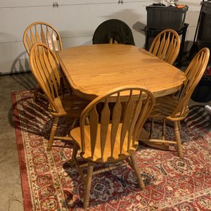Dinning Room Table for Sale in Tualatin, OR